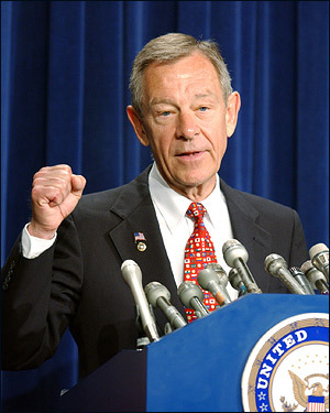 George Voinovich, Ohio senator On June 26, the Ohio senator joined his Republican colleague Richard Lugar in calling for a start to withdrawing troops from Iraq. 'We must not abandon our mission, but we must begin a transition where the Iraqi government and its neighbors play a larger role in stabilizing Iraq,' Voinovich wrote in a letter to Bush.