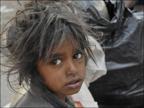 According to World Bank estimates , $54 billion a year would eliminate starvation and malnutrition globally by 2015, while $30 billion would provide a year of primary education for every child on earth. At the upper range of those estimates, the $611 billion cost of the war could have fed and educated the world's poor for seven years.