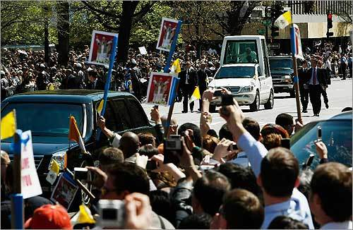 Pope Benedict waved to cheering spectators along Pennsylvania Avenue.