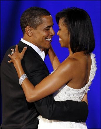 U.S. President Barack Obama and first lady Michelle Obama danced their first dance of the night at the Neighborhood Inaugural Ball.
