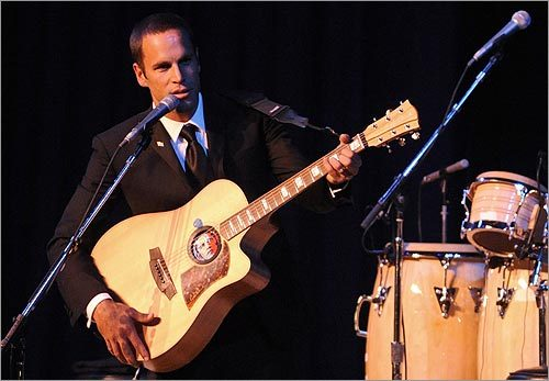 Singer Jack Johnson performed at the Obama Home States Inaugural Ball.
