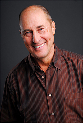 Matt Siegel, known to his KISS 108 listeners as Matty in the Morning, has been waking up Boston for three decades. Siegel has received a contract extension from WXKS-FM's parent company, Clear Channel Radio, that will keep him on the air for the next five years.