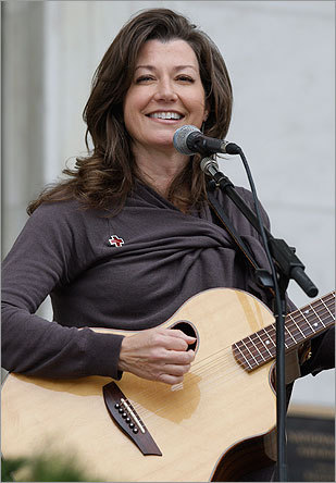 Singer, songwriter Amy Grant performed at the American Red Cross in Washington to help announce the holiday mail for heroes/holiday card program. for US soldiers and veterans.