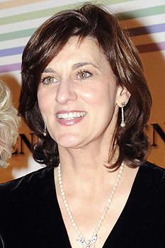 Victoria Reggie Kennedy will be the principal speaker at commencement ceremonies for the University of Massachusetts Boston on June 4. Kennedy will also accept an honorary degree from Lesley University on behalf of her late husband, Senator Edward M. Kennedy, who will be honored at their commencement ceremony on May 19 for his life of public service.