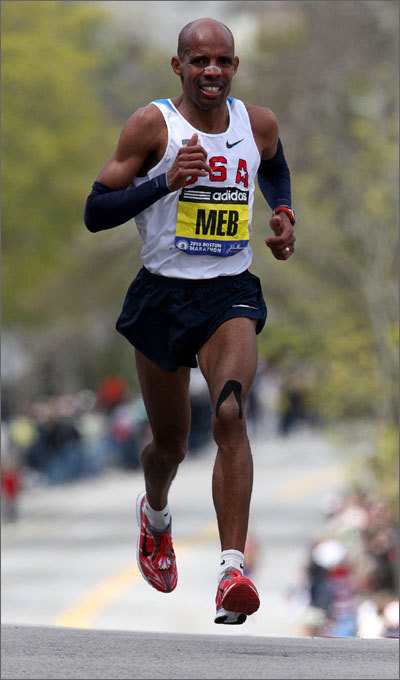Meb Keflezighi made his way up the difficult portion of Heartbreak Hill en route to his fourth-place finish.