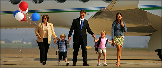 Senator John Edwards of North Carolina arrived at Pittsburgh International Airport yesterday evening with his family in tow: (from left) his wife, Elizabeth, son Jack, and daughters Emma Claire and Cate.