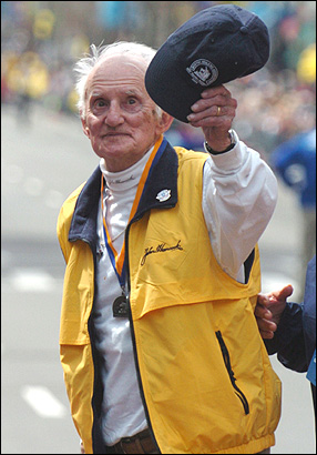 Kelley at the 108th running of the Boston Marathon in April 2004.