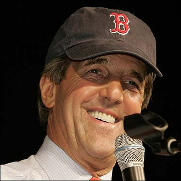 Senator John Kerry sported a Red Sox hat at a rally at the University of Toledo in Ohio.