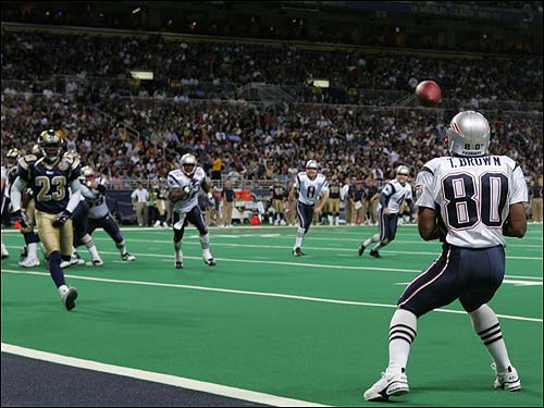 The Patriots caught everyone by surpise in the third quarter with a fake field goal. Troy Brown is all alone as he prepares to catch Adam Viniaieri's first career touchdown pass.