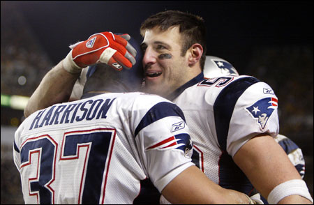 Rodney Harrison (left) and Mike Vrabel both had a knack for getting their hands on the football.