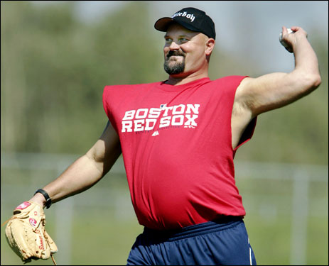 New Red Sox lefthander David Wells arrived in camp today, and spent some time tossing with Curt Schilling.
