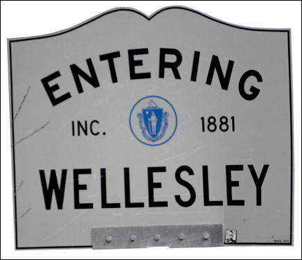 165-60 Elevation 4,271 Population in 1897 26,613 Population in 2004 Race distance in Wellesley: 4.21 miles