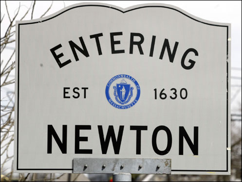 60-230 Elevation 30,000 Population in 1897 83,829 Population in 2004 Race distance in Newton: 5.42 miles