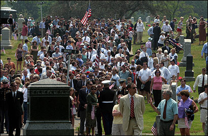 At Waterside Cemetery yesterday, mourners walked to the gravesite of Army Staff Sergeant Christopher Piper, who died June 16 at a military hospital in Texas after being wounded by a roadside bomb in Afghanistan. His funeral was at the Old North Church.
