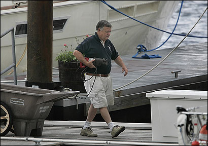Lawrence Cannon said the rent he pays the city for Waterboat Marina is fair.