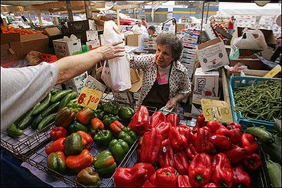Vendor Helen Mary Piazza at Haymarket.