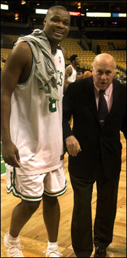 Antoine Walker helped Red Auerbach off the court following the shooting of the Celtics team photo in 2001, after Red had been given back the title of President of the Celtics after the resignation of Rick Pitino.