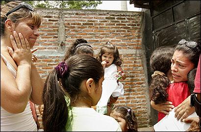 Maria Cebollero (left) and Imelda Auron (far right) met kin they hadn't seen in 21 years.