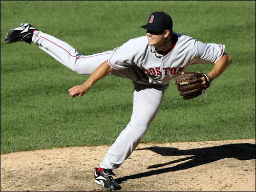 Jonathan Papelbon closed out the game for Curt Schilling in the ninth to preserve the Red Sox' 9-2 win.