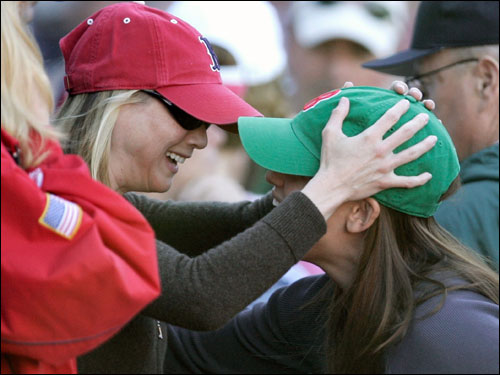Actress Renee Zellweger greeted Jennifer Garner during the game.