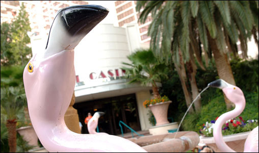 What's better than to be greeted at the entrance to the Flamingo Pool by a flamingo fountain?