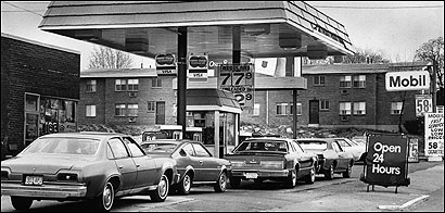 Long pump lines, like this one in Quincy in 1979, did little to deter future gas use.