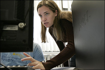 A welcoming introductory class coaxed Katie Seyboth into a computer science major at Tufts University. The National Science Foundation is trying to attract women back into the field.