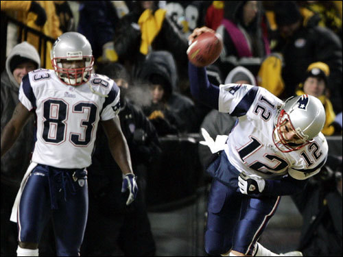 Jan. 23, 2005: Patriots 41, Pitt. 27 Brady was even better in the AFC Championship, completing 14 of 21 passes for 207 yards and two touchdowns. His passer rating was 130.5.