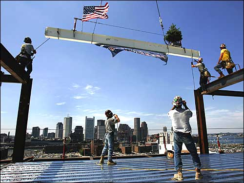 Topping off new Westin hotel