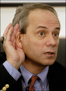 A Globe columnist reports on past friction between Epstein and Lucchino.