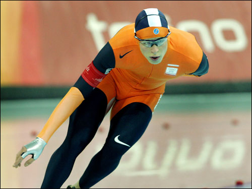 Sven Kramer of the Netherlands won a silver medal in the men's 5,000 meter speedskating event.