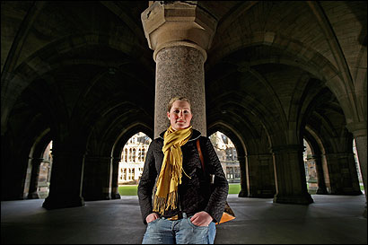 Bridget Finlayson, alumna of Newton Country Day School, is getting her higher education at the University of Glasgow in Scotland, rather than at home.