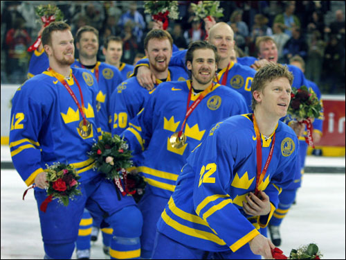 Sweden won the last event of the Turin Games, a 3-2 victory over Finland in men's hockey.