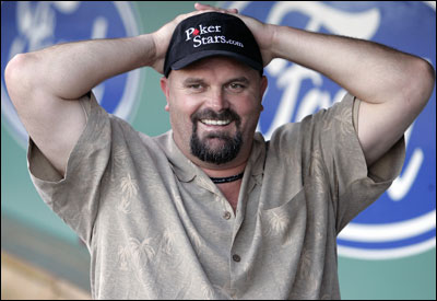 David Wells rescinded his request to be traded to a team closer to his California home.