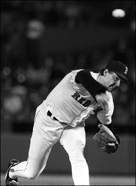1986: Roger Clemens gets 20 strikeouts Clemens, embarking on an MVP season, was at his best on April 29, against the Mariners. He tied the major league strikeout record with his 19th in the ninth inning, and then rang up Phil Bradley for No. 20, establishing a mark he would match 10 years later. Amazingly, Clemens didn't walk a single batter on his way to a 3-1 victory.