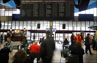 South Station's mechanical schedule board will be replaced with an electronic version.