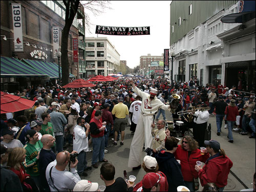 'Big League Brian' Dwyer entertained the crowds on a jam packed Yawkey Way for Boston's home opener against Toronto.