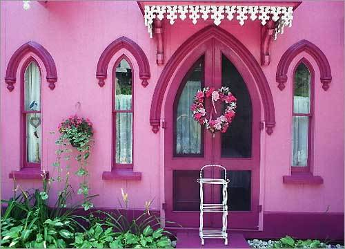 pink house minimalist home design