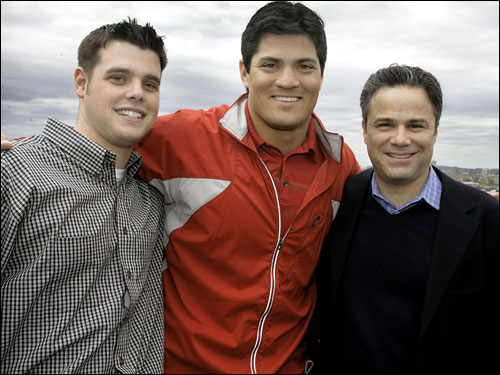 The party was attended by 200 guests including Zack Blackburn, Director of Train to End Stroke, Patriots Tedy Bruschi and Jeffrey Saunders of Newton.
