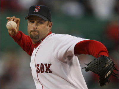 For the second straight start, Tim Wakefield did his job (3 runs, 4 hits in 8 innings) but didn't get much offensive support as his record dropped to 1-3.