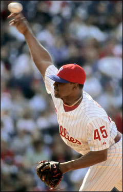 Former Red Sox and Yankees pitcher Tom Gordon pitched a scoreless ninth to close out the Phillies win.