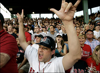 Tim Lampa launched a dating website for Red Sox fans. Members can fill out a profile that lists their favorite players or the way they bat.