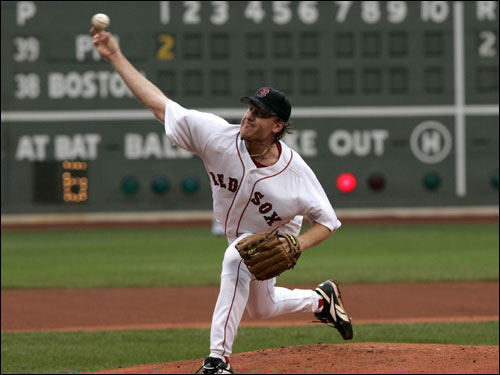 Curt Schilling took the mound for the Red Sox on Saturday against the Phillies looking for his tenth win of the season.
