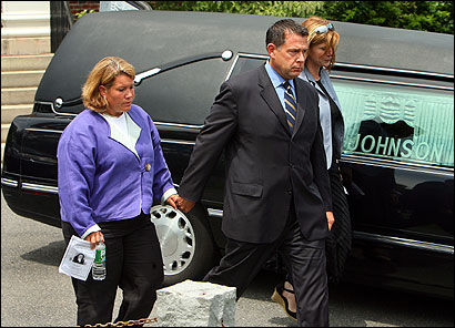 The memorial service yesterday for Milena Del Valle was attended by Matthew J. Amorello , chairman of the Massachusetts Turnpike Authority, and his wife, Charlotte.