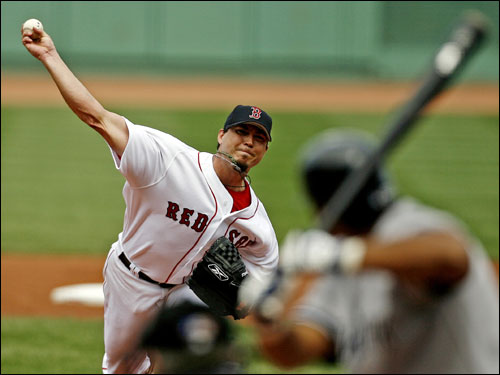 Josh Beckett started the game for the Red Sox looking for his 14th win of the season. Beckett is 0-2 in his last four starts.