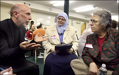 Ken Girard from the First Church of Christ, Scientist in Boston; Carin Yasli of the Boston Dialogue Foundation; and Carol Kraus of Congregation Eitz Chayim in Cambridge shared their views during a meeting at the Islamic Society of Boston in Cambridge yesterday.