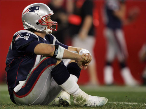 Tom Brady's expression throughout Sunday night's loss to Denver was one of frustration and discomfort. We take a look at the Patriot quarterback's body language in the loss.