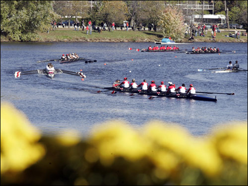 Crews make the turn at the Cambridge Boat Club.
