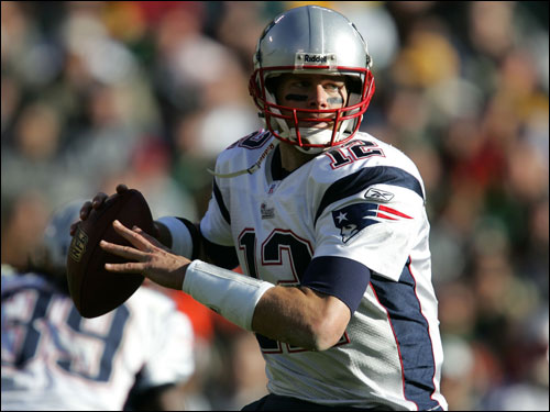 Tom Brady looked to bounce back from back to back poor performances.