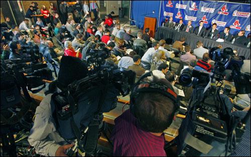 The media crowd was huge at the Daisuke Matsuzaka press conference.